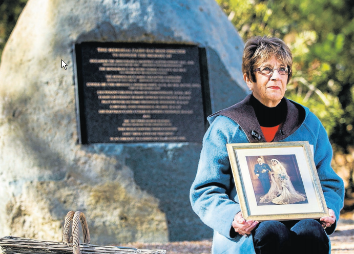 Call for new inquiry into air disaster